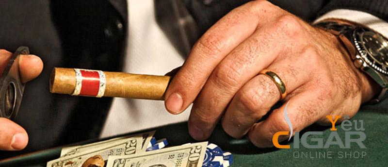 Video hướng dẫn cách cắt 1 điếu xì gà cho người mới chơi