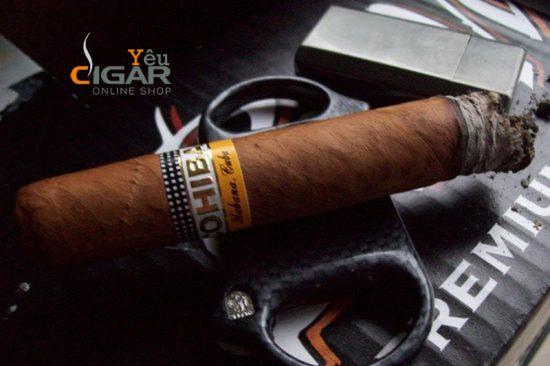 hut-cigar
