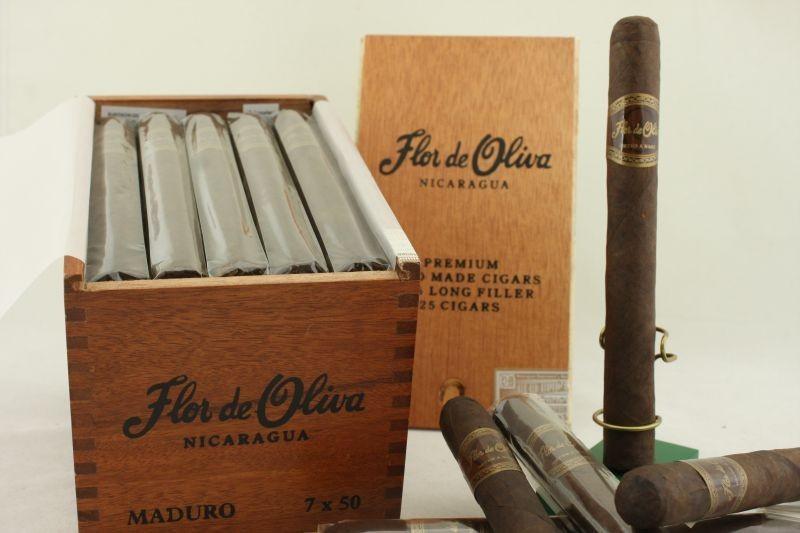 Xì gà Flor de Oliva Churchill Maduro chính hãng