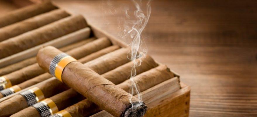 Buôn lậu xì gà